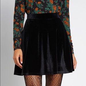 Loft velvet skirt